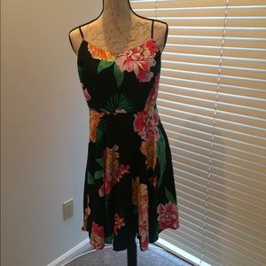 Old Navy Tropical Floral Dress